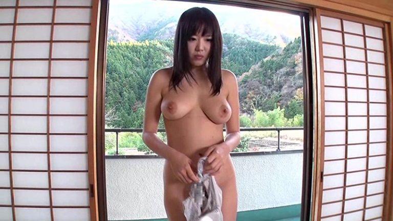 中出し人妻不倫旅行38 浜崎真緒
