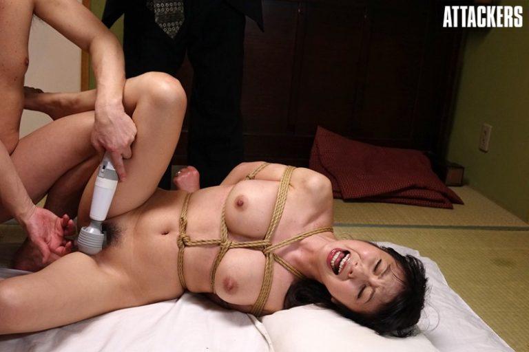 縄人形にされた人妻・万里子 一条綺美香
