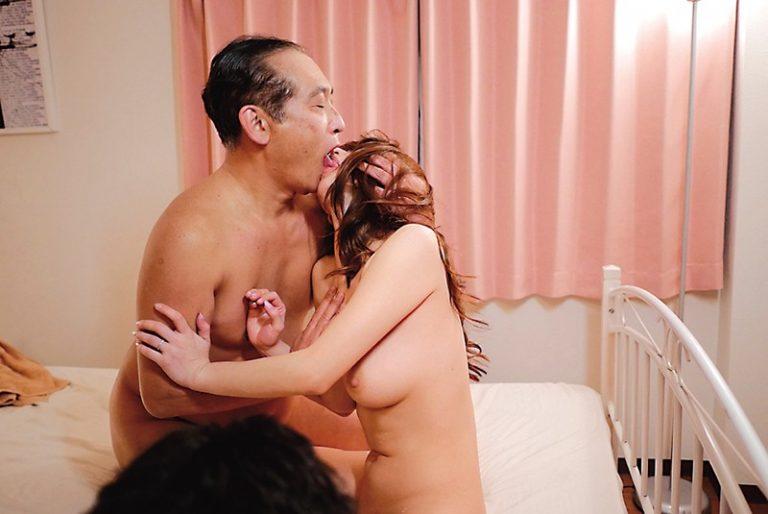 夫の前で鬼畜義父に寝取られて…。 篠田あゆみ