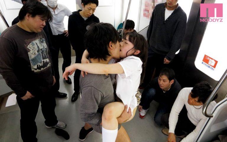 女子校生痴漢電車 大島美緒