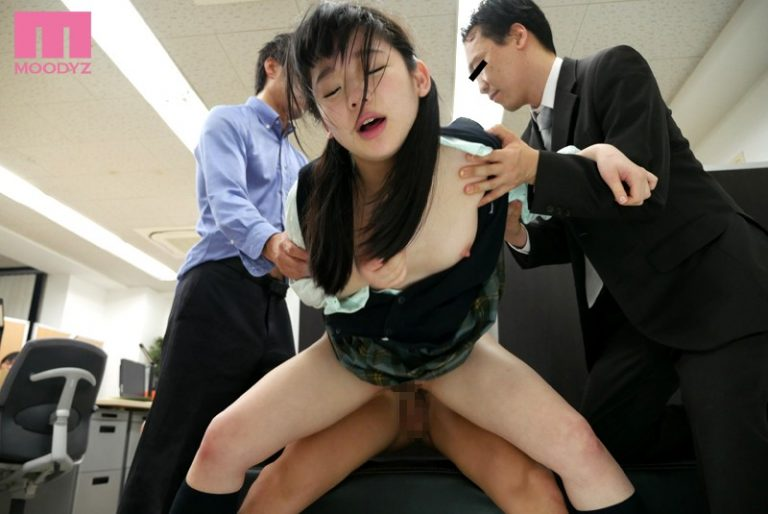 痙攣絶頂サイレントレ×プ 助けを呼んで乱暴されたレッテルを貼られるのが怖くて声を押し殺して犯された敏感女子校生 姫川ゆうな