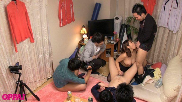 日本一チャラいテニスサークル所属 巨乳女子大生の宅飲み即マンパーティー 徳永亜美